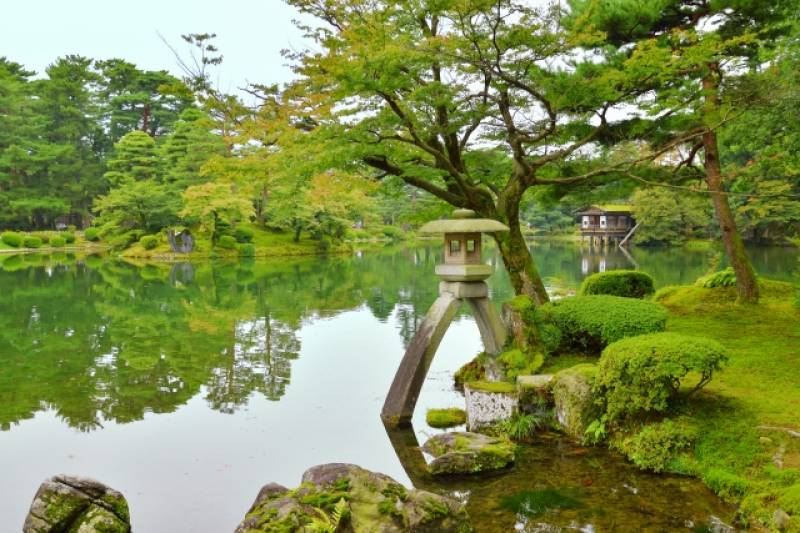Ishikawa-ken - Districts / Prefectures - Kenrokuen garden - beatiful traditional garden - 1st picture/image