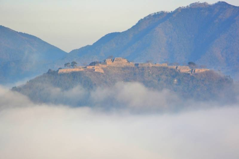 Hyogo-ken - Districts / Prefectures - Takeda castle - castle in the sky - 2nd picture/image