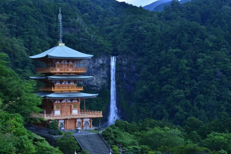 Wakayama-ken - Districts / Prefectures - Nachi fall - beatiful and sacred fall - 2nd picture/image