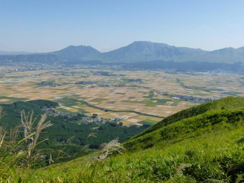 Kumamoto-ken - Districts / Prefectures - Aso area - big and beatiful caldera - 1st picture/image